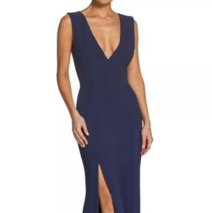 Dress The Population Sandra Plunge Crepe Gown